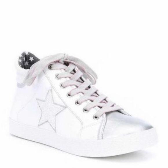 Nib Steve Madden Savior Star Sneakers